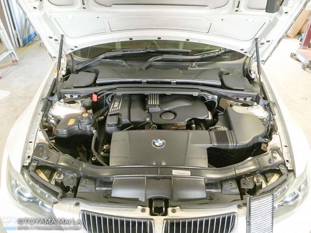 BMW E91 ベルト テンショナー 交換 1