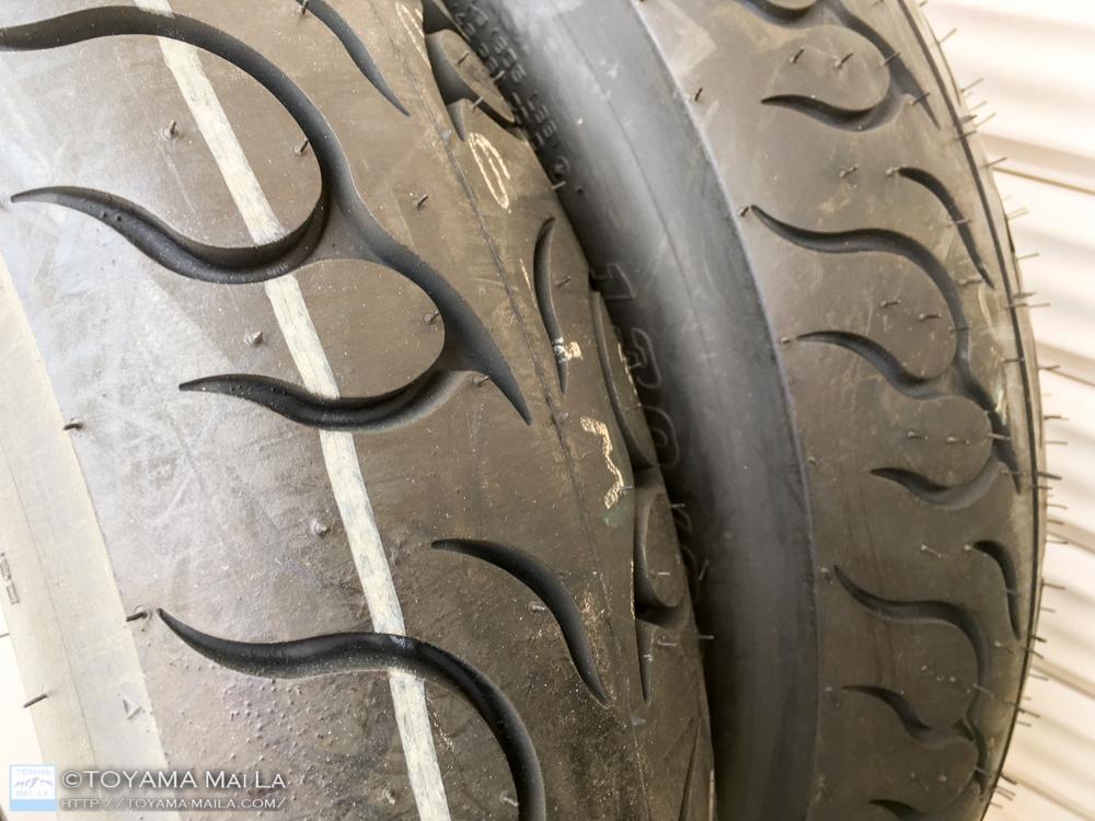 ハーレー FLHR ロードキング タイヤ交換 4